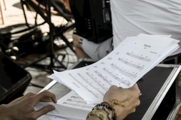 Estudar música: dicas essenciais para seguir na carreira musical