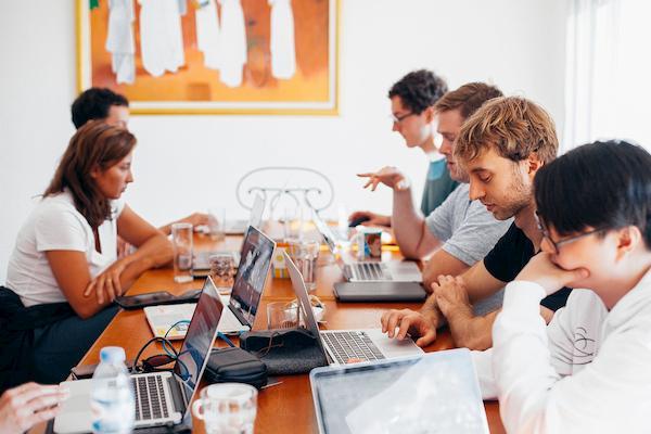 10 Cursos Gratuitos Online na Área Administrativa: Turbine seu Currículo